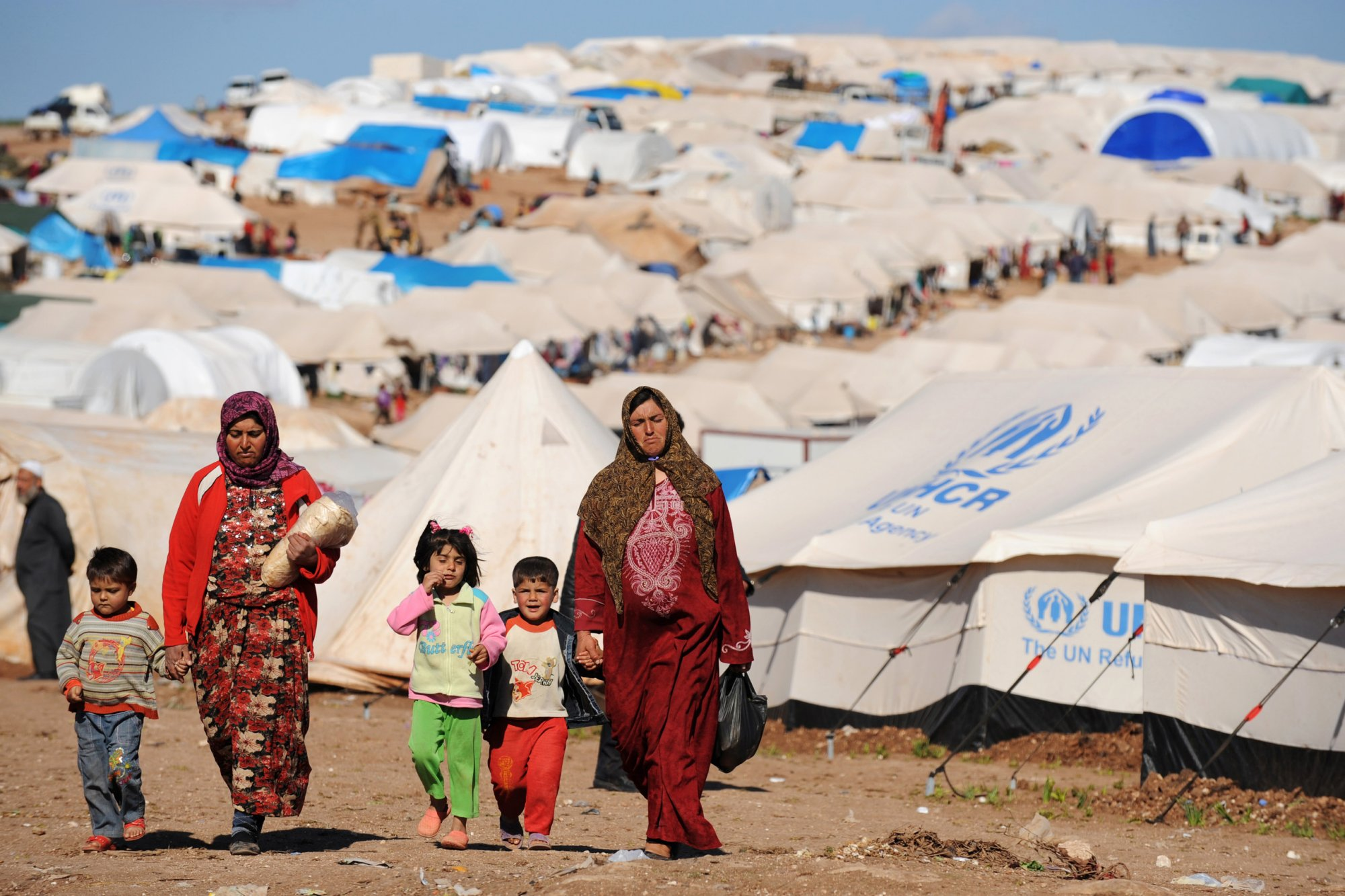 refugee camps for syrians in lebanon